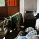 Изхвърляне на стари мебели и дрехи