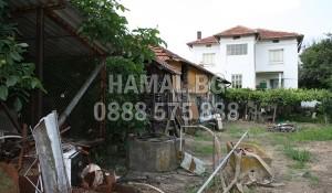 Почистване на къща с двор около София